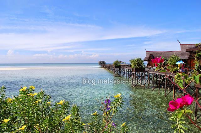 Sabah Kapalai Island