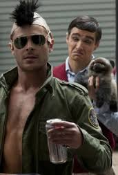 فيلم the neighbors مترجم