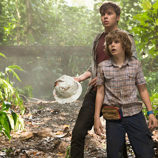 Scream Kings Nick Robinson Zach Ty Simpkins Gray Jurassic World
