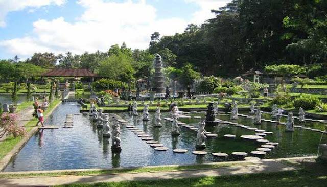 Tidak kalah dengan tempat wisata lainnya di Pulau Bali 7 TEMPAT WISATA TERBAIK DI GIANYAR, PULAU BALI