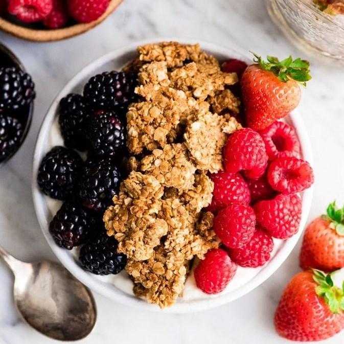 HEALTHY PEANUT BUTTER GRANOLA #ketodiet #glutenfree