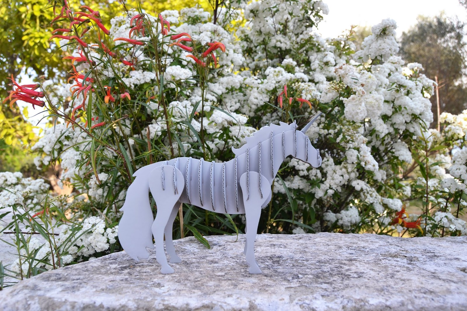 DIY, unicornio 3d, decoración con spray de fleur paint