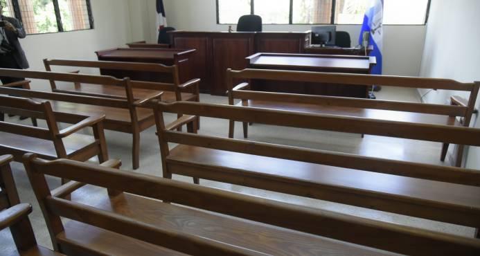 Poder Judicial suspende labores este viernes en zonas más afectadas por el huracán María
