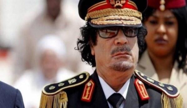 """اتصال هاتفي مع قناة سورية """"الغلطة"""" الأخيرة التي أودت بحياة القذافي ورفاقه!"""