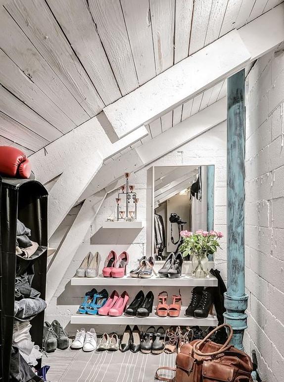 vestidor blanco estilo nordico zapatos estanterias como ordenar zapatos bolso piel marron espejo