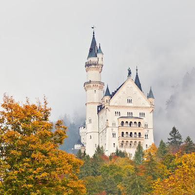 ノイシュヴァンシュタイン城 眠れる森の美女の城 オーロラ城