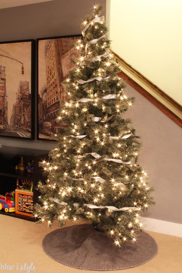 Seasonal Style My Christmas Tree Style Modern Graphic