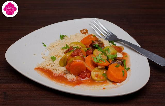 Couscous végétarien aux dattes