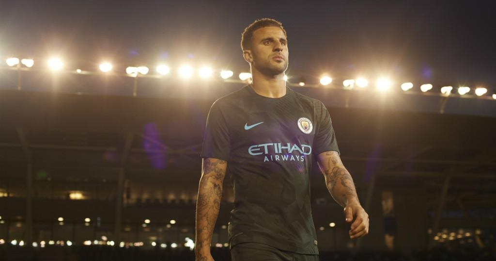 Man City Vs Chelsea 17 18: Manchester City 17-18 Third Kit Released