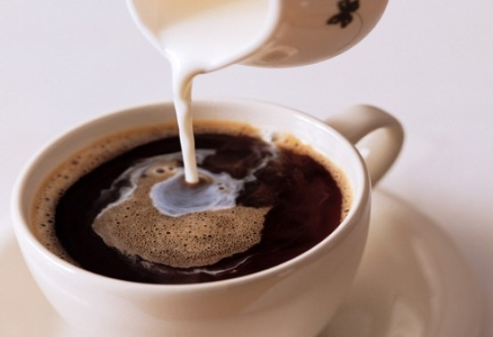 Τρεις λόγοι για να μην πίνετε καφέ με γάλα