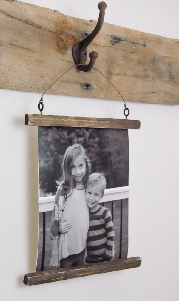how to make rustic wire photo hangings