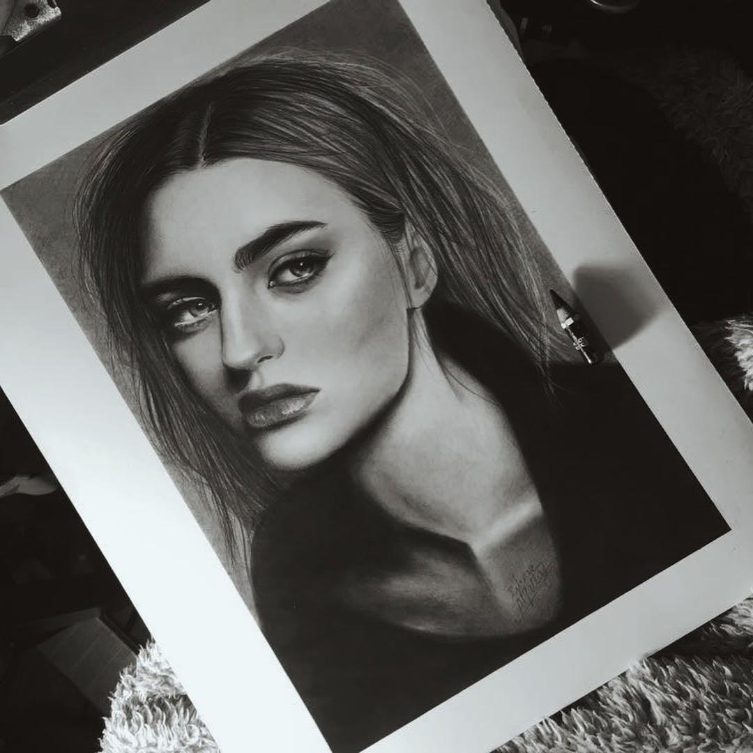 10-Zahraa-AlQallaf-Find-Escapism-in-Drawing-Portraits-www-designstack-co