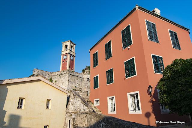 Inerior de la Fortaleza Antigua - Corfu por El Guisante Verde Project