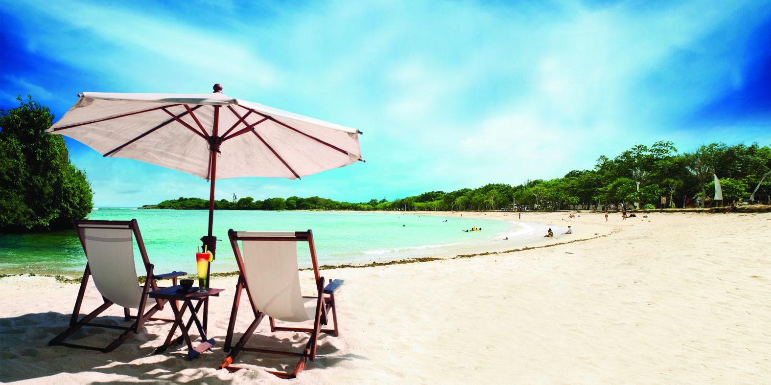 obyek wisata terlengkap: Pantai Nusa Dua - Hal Menarik & Informasi