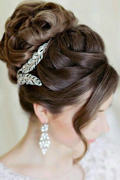 La moda en tu cabello modernos peinados de moda para - Peinados de novia con flequillo ...