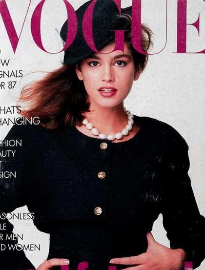 Cindy Crawford, primeira capa que fez para Vogue em 1987, Chanel