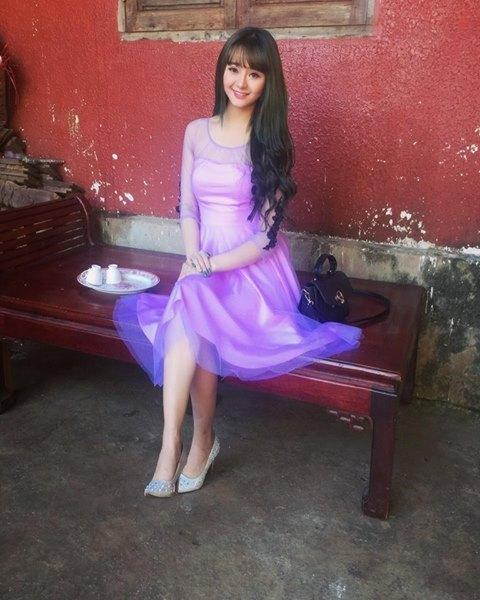 Hot girl Quỳnh Lê Mặt xinh khả ái xinh đẹp 8