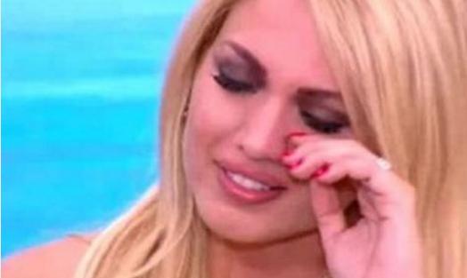 Τηλεοπτικές άδειες: Σε σοκ η Σπυροπούλου μετά το «κόψιμο» του Alpha