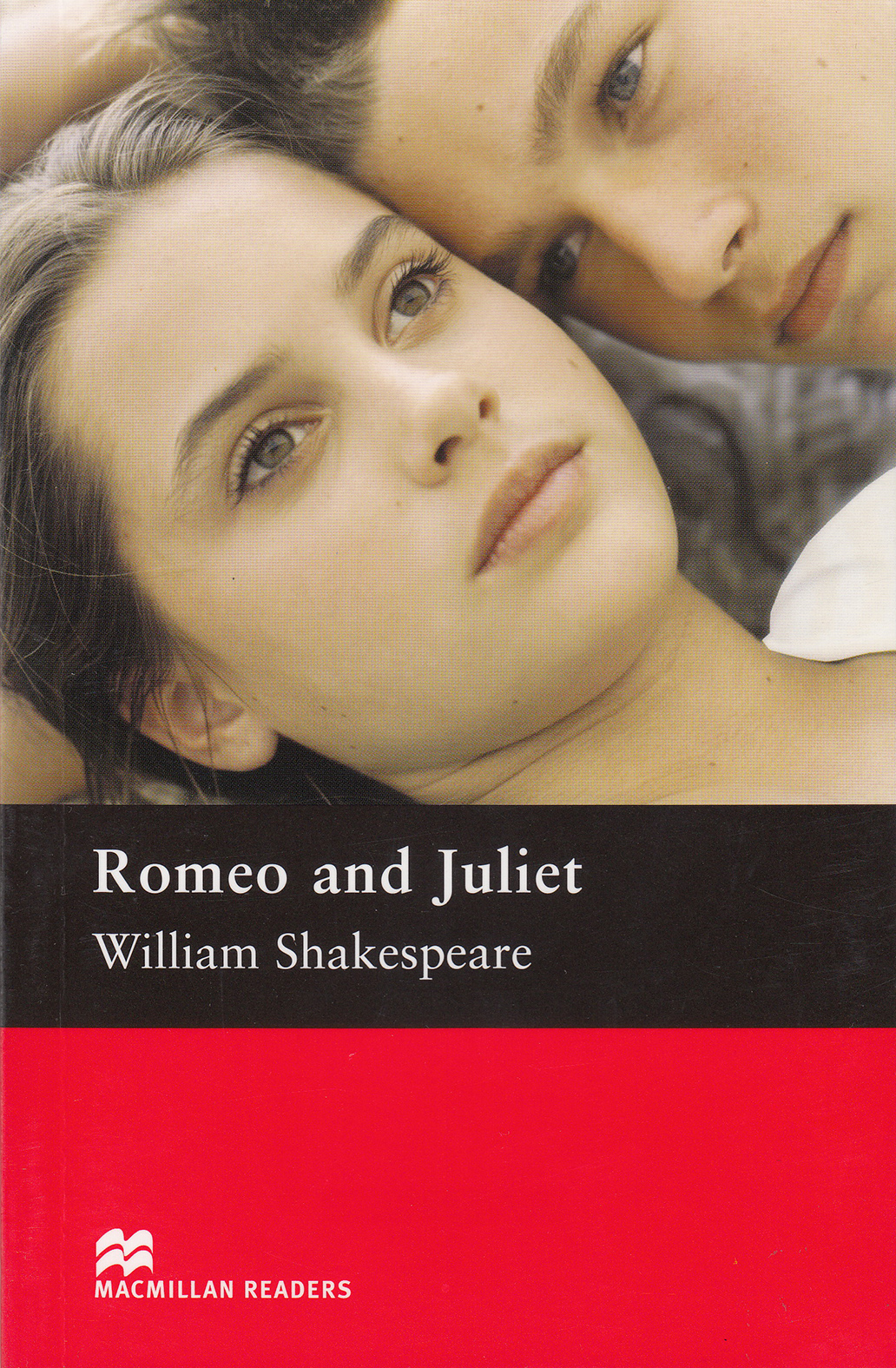 an analysis of the contrast in language in romeo and juliet a play by william shakespeare