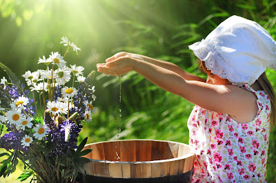 nice-small-cute-baby-girl-playing-with-water