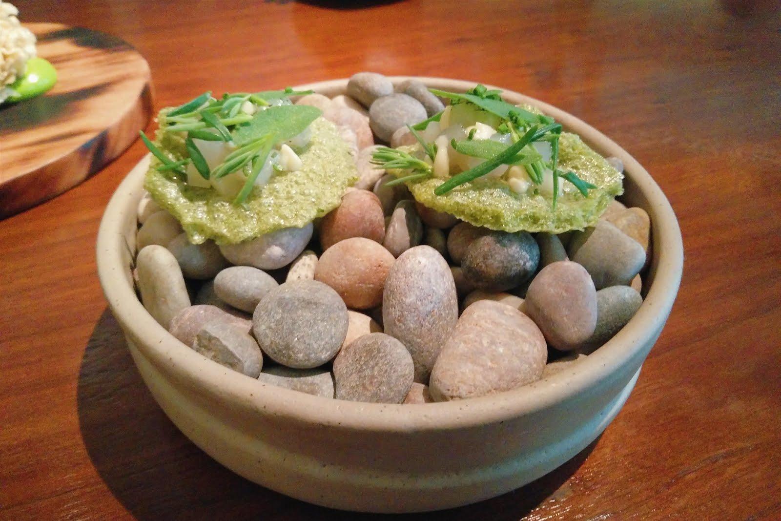 Seaweed crackers