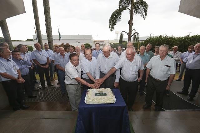 Coamo reúne cooperados e funcionários para comemorar os 46 anos