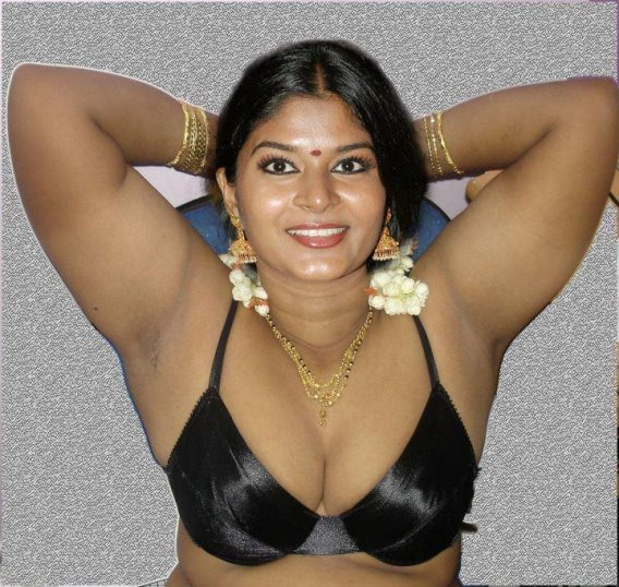 Hot Mallu Aunty Photo Album