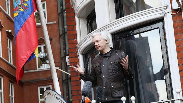 Assange demandará al Gobierno de Ecuador por violar sus derechos fundamentales