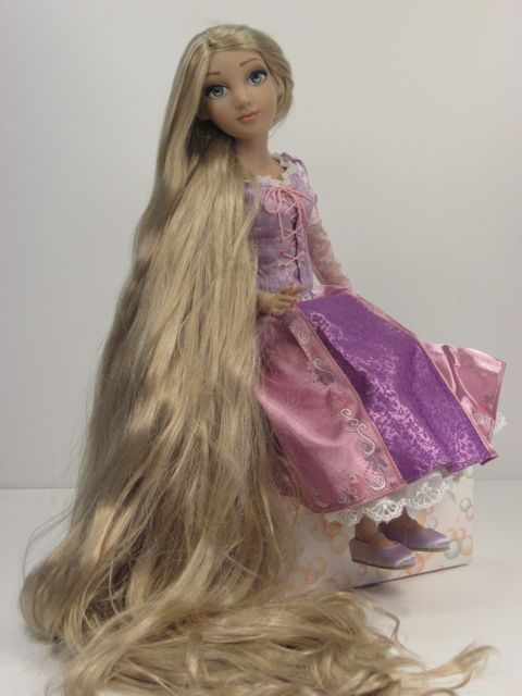 A Review of Rapunzel from the Tonner Doll Disney Showcase ...