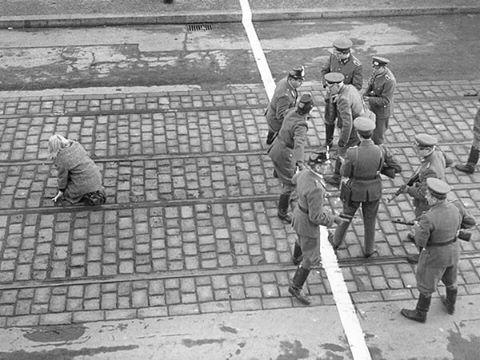 سبب بناء جدار برلين