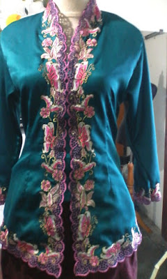 Kebaya Embroidered