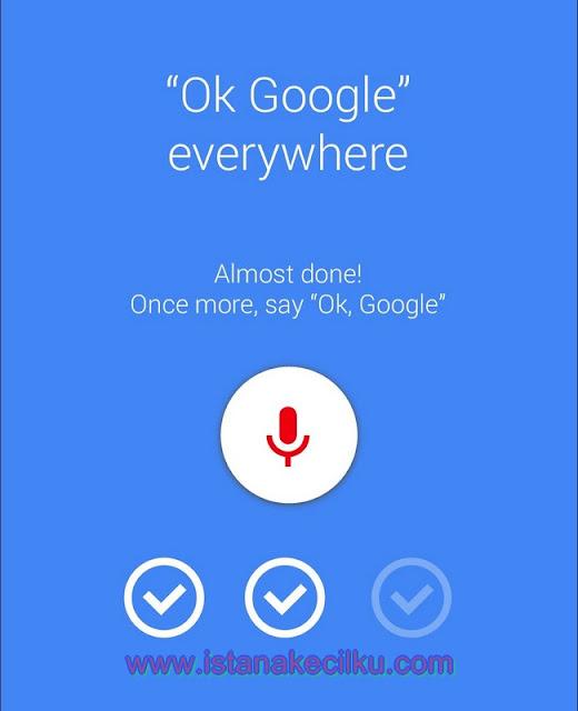 "Seperti halnya Apple yang terus meningkatkan Siri pada iPhone 6s, asisten suara atau Google Voice Assistant yang sangat mudah digunakan, yang juga bekerja tanpa harus menyentuh perangkat Anda.  Hanya mengatakan ""OK Google"" dan menanyakan pertanyaan yang ingin Anda tanyakan, seperti contohnya cuaca hari ini atau esok, kemudian misalnya skor pertandingan sepak bola semalam.  Anda juga dapat menekan mic yang selalu-on untuk membuat permintaan dan melakukan pencarian web atau browsing internet. Dan jika Anda ingin mengatur Android Marshmallow pada Android TV atau tablet, cukup katakan ""OK Google, set up my new device"" dan itu akan menyelesaikan pekerjaan yang seharusnya dilakukan oleh Anda tanpa Anda melakukannya."