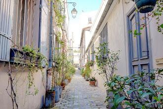 Paris : Rue des Vignoles, promenade dans les impasses du quartier de Charonne - XXème