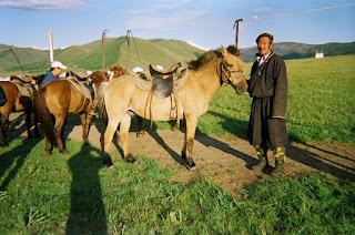 mongolianhevonen, mongolia, ratsastusmatka, riitta reissaa