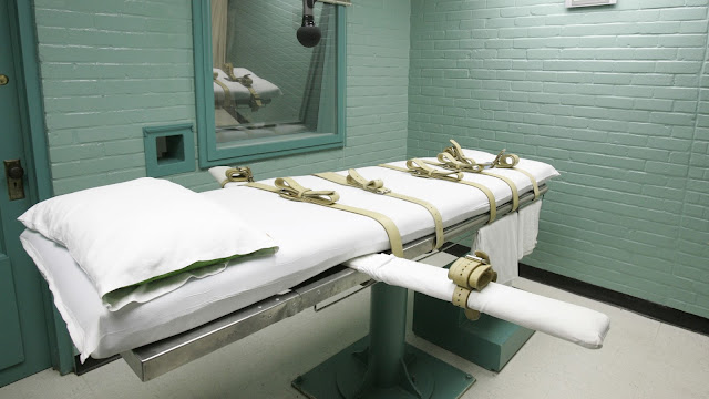 The execution chamber in Huntsville, Texas (2008) Photograph by Pat Sullivan