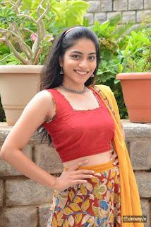 Punarnavi-Stills-at-Entha-Pani-Chesave-Sirisha-Movie-First-Look-Launch