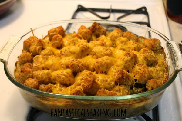 Tatortot Hotdish // I grew up eating this Tatortot Hotdish regularly and make it often now as an adult. #recipe #tatortots #Minnesota #beef