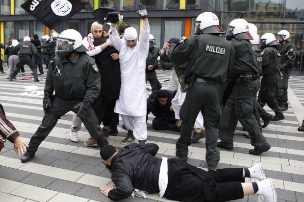 Σύλληψη Σύρων ισλαμιστών στη Γερμανία