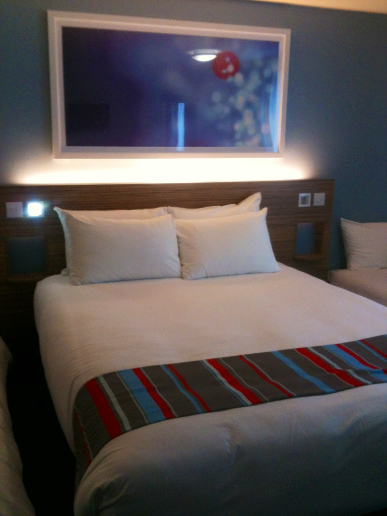 style inside review travelodge southwark london