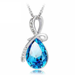 https://www.banggood.com/Rhinestone-Crystal-Water-Drop-Pendant-Necklace-For-Women-p-952985.html?rmmds=collection&utmid=1618?utm_source=sns&utm_medium=redid&utm_campaign=femeieastaz&utm_content=3583