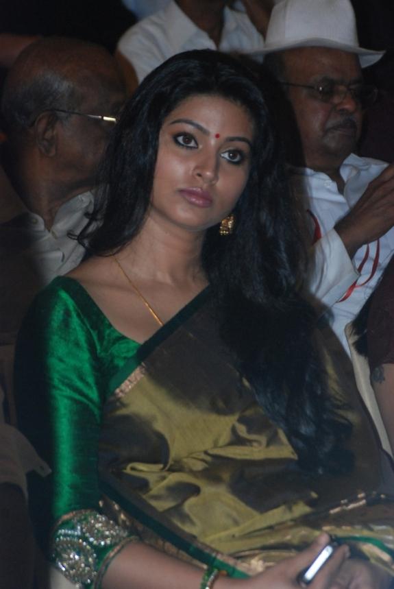 actress sneha prasanna recent photos