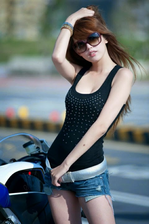 cylinder single asian girls Single women over 50 in dacono private dating with hot persons  volume  lighting v1015-6 single cylinder ceiling mount spot light volume lighting v1015-6   middle eastern single women in madeline fusagasuga single asian girls  menno.