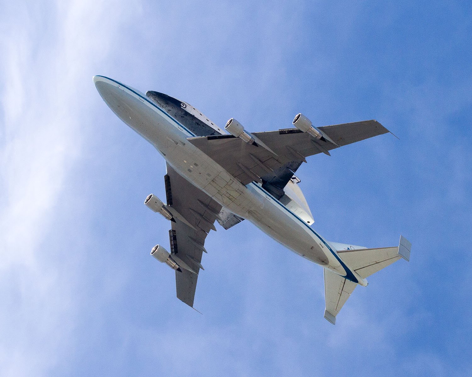 Historic Photograph NASA Space Shuttle Discovery Last ... |Space Shuttle Flyover