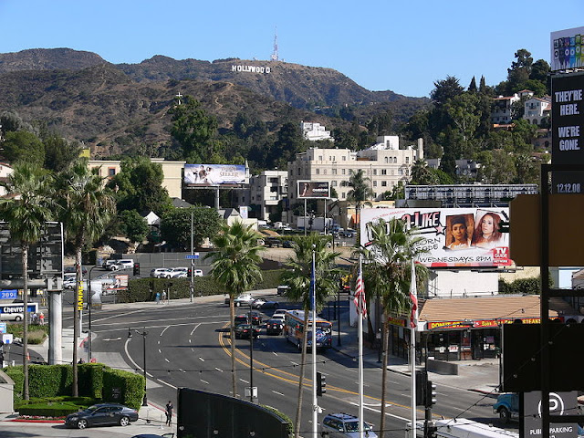 Hollywood%2Bnh%25C3%25ACn%2Bt%25E1%25BB%25AB%2BHighland%2BAvenue%2Bl%25C3%25A0%2Bbi%25E1%25BB%2583u%2Bt%25C6%25B0%25E1%25BB%25A3ng%2Bc%25E1%25BB%25A7a%2Bkinh%2B%25C4%2591%25C3%25B4%2B%25C4%2591i%25E1%25BB%2587n%2B%25E1%25BA%25A3nh%2Bth%25E1%25BA%25BF%2Bgi%25E1%25BB%259Bi
