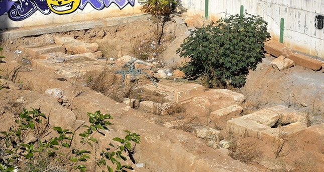 Six Roman era tombs unearthed in southern Turkey