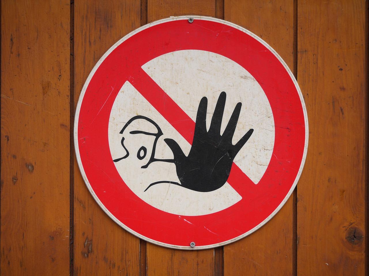 10 zakazów w polityce komunikacji w mediach społecznościowych