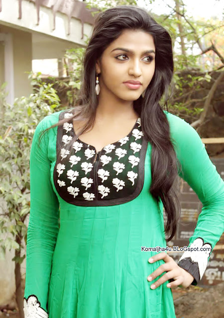 Actress Dhanshika BeautifulPhotos - Dhanshika 2017 Full Photos