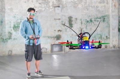 [2016未來商務] 不與大疆、3DR等大廠硬碰硬,台廠力拼「競速無人機」