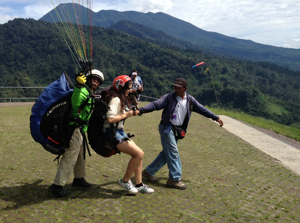 Fly Indonesia Paragliding Puncak