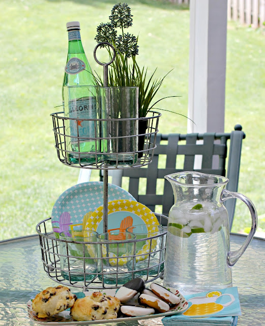 Ideas for tiered basket stands. Useful for outdoor entertaining